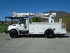 2005 INTERNATIONAL 4300 TEREX C4045 DIGGER DERRICK TRUCK