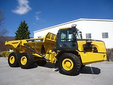 JOHN DEERE 250D 250 D ARTICULATED OFF ROAD 6X6 DUMP TRUCK  WITH TAILGATE