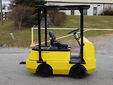 1998 TAYLOR-DUNN HUSKEY C4-25 48V ELECTRIC TOW TRACTOR