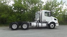 1998 VOLVO VN AIR RIDE CONVENTIONAL DAYCAB DETROIT DIESEL ENGINE 470HP