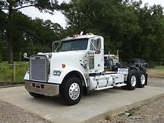 2009 Freightliner FLD Classic Day Cab Truck