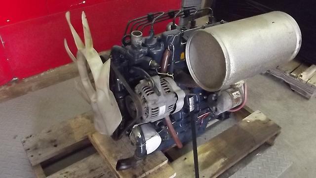 Kubota V1305 Diesel Engine : Kubota v e cylinder diesel engine super series ebay