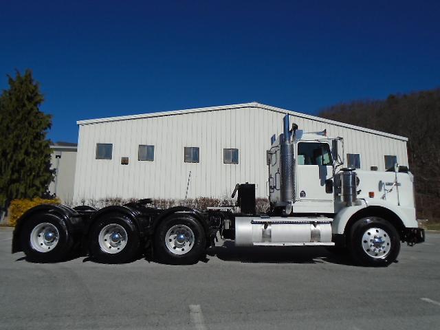 Tri Axle Show Trucks : Kenworth t b tri axle drive heavy haul spec