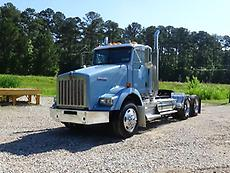 2012 Kenworth T800 Day Cab Truck Tractor