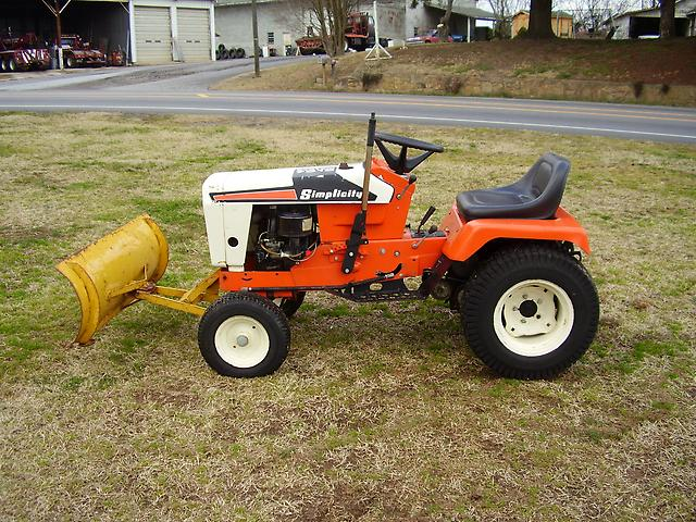 Garden Tractor Snow Plows : Good used simplicity lawn tractor with snow plow