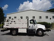 INTERNATIONAL 4200 DIESEL SERVICE TRUCK LIFTMOORE HYDRAULIC  CRANE