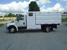 2007 INTERNATIONAL 4200 CHIPPER DUMP TRUCK FORESTRY ARBORIST