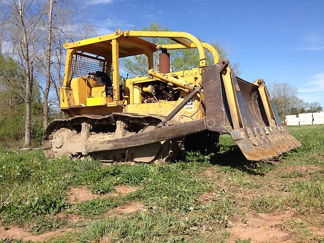 Tractor Forestry Package : Cat d c crawler dozer w root rake forestry track way