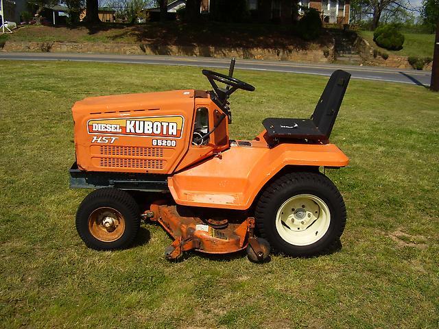 Kubota G5200 Diesel Riding Mower