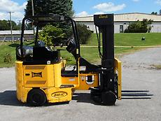 2005  LANDOLL BENDI B40IC NARROW AISLE FORKLIFT