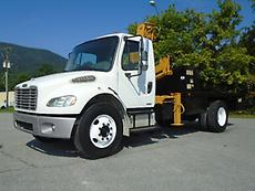 2005 FREIGHTLINER BUSINESS CLASS M2 KNUCKLEBOOM CRANE FLATBED TRUCK