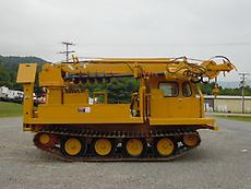 1979 POWERS PM201 12000LB DIGGER DERRICK CRANE ON GO-TRACT GT800 TRACK MACHINE.