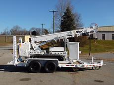 2009 ALTEC DB35 TRACKED BACKYARD DIGGER DERRICK & MINI CRANE