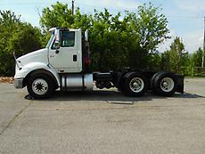2007 INTERNATIONAL 8600 DAYCAB ROAD TRACTOR CUMMINS ISM385