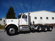 PETERBILT 379 DAYCAB FACTORY DOUBLE FRAME TRI AXLE LOW BOY TRACTOR TRUCK CAT