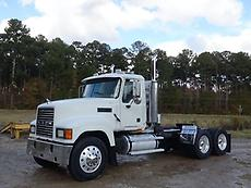 2006 Mack CH613 Day Cab Truck 18 Speed Wet Kit