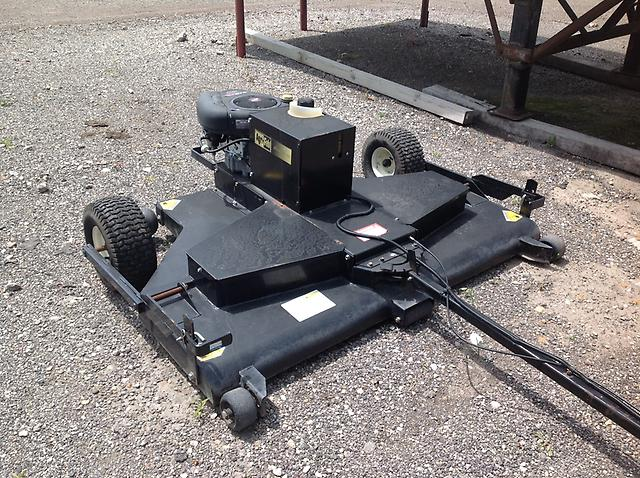 Craftsman 16 Hp Lawn Tractor With 64 Quot Agri Fab Tow Behind