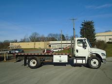 2007 FREIGHTLINER BUSINESS CLASS M2 FLATBED TRUCK