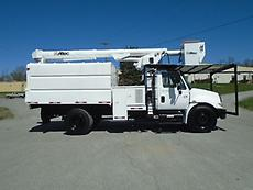 2007 INTERNATIONAL 4300 ALTEC LRIV50 BOOM/BUCKET CHIPPER DUMP TRUCK