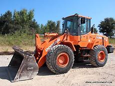 2009 DOOSAN DL200 WHEEL LOADER- LOADER- PAY LOADER- DOOSAN- CAT- 26 PICS