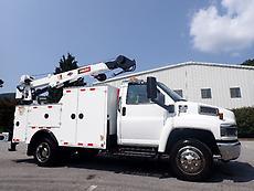 2007 CHEVROLET C5500 DURAMAX DIESEL SERVICE TRUCK IMT 3820 HYDRAULIC CRANE
