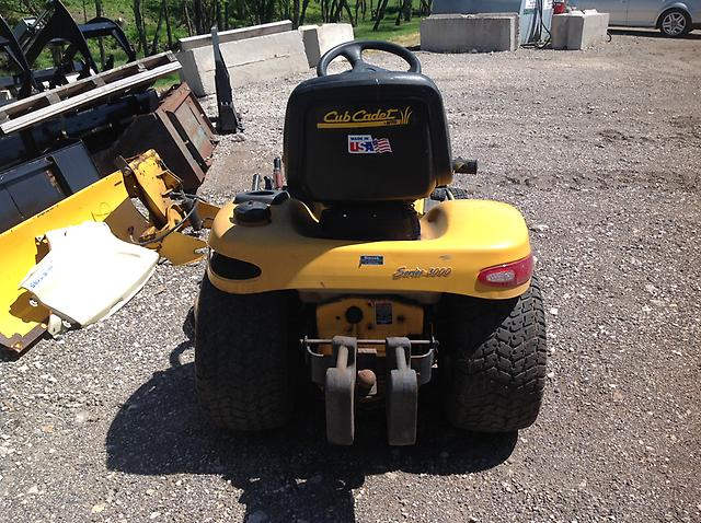cub cadet series 3000 garden tractor with belly mower ebay. Black Bedroom Furniture Sets. Home Design Ideas
