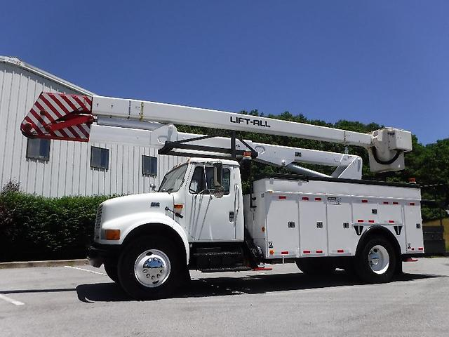 Used Bucket Trucks For Sale >> 2002 International 4900 Used Boom Trucks Bucket Trucks