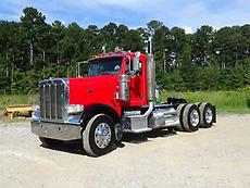 2009 Peterbilt 388 Day Cab Heavy Haul Truck