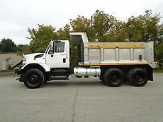2008 INTERNATIONAL WORKSTAR 7400 SNOW PLOW/SPREADER DUMP TRUCK