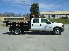 2005 FORD F-350 4X4 4DR CREW CAB LANDSCAPING DUMP TRUCK