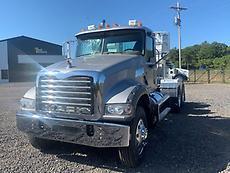 2012 Mack Granite GU713 Day Cab Truck