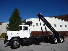 1994 MACK DM690S TANDEM ROLLOFF ROLL OFF HOOK LIFT TRUCK
