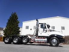 INTERNATIONAL 94001 TRI AXLE DAY CAB DOUBLE FRAME HEAVY LOWBOY TRUCK TRACTOR