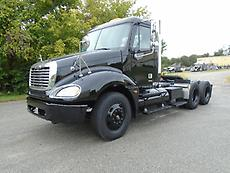 2006 FREIGHTLINER COLUMBIA 120 DAYCAB SEMI TRUCK