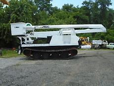 BOMBARDIER TERRAFLEX TF140 CRAWLER CARRIER 2004 ALTEC AA7551 55' BOOM/BUCKET